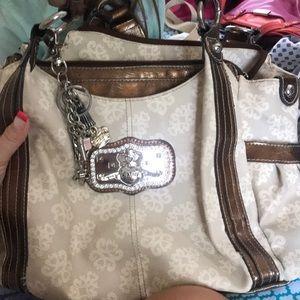 Kathy used purse